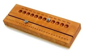Ewiger Kalender aus Holz