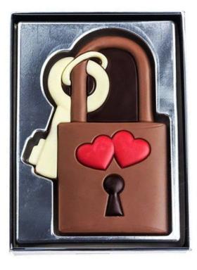 Liebesschloss aus Schokolade