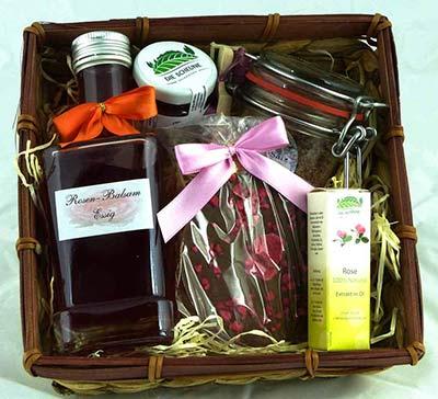 Präsentkorb für Frauen Rosen-Spezialitäten