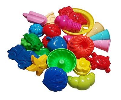 Sandspielzeug-Set mit Sandformen