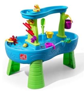 Wasserspieltisch mit Regenschauer